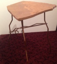Pedestal/Table